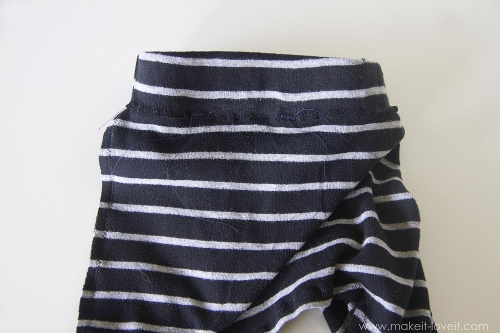 simple-DIY-baby-boho-leggings-from-a-tshirt-23