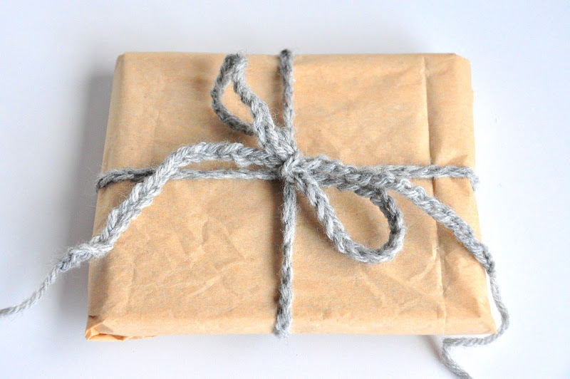 1DSC_1609Crochet Series_How to Chain Stitch_