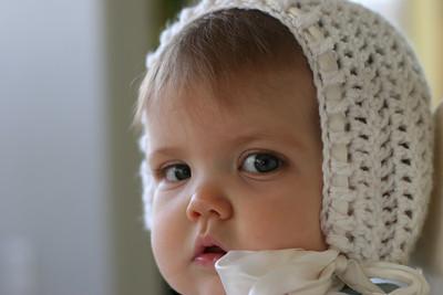 1crochet baby bonnet