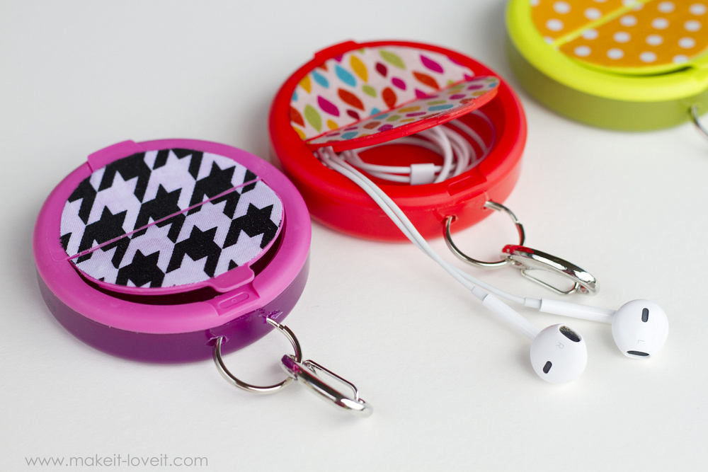 Make an EARPHONE HOLDER (...from a mint container) | via Make It and Love It