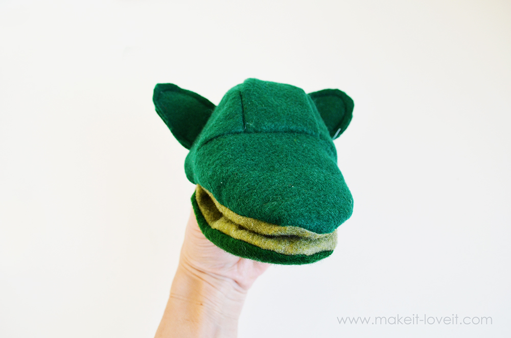 make your own felt animal hand puppets (14)