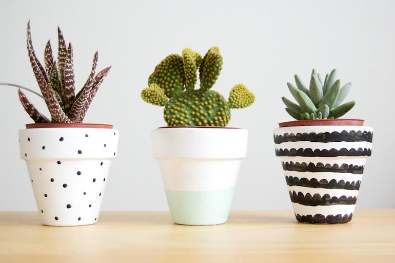 1-painted-pots
