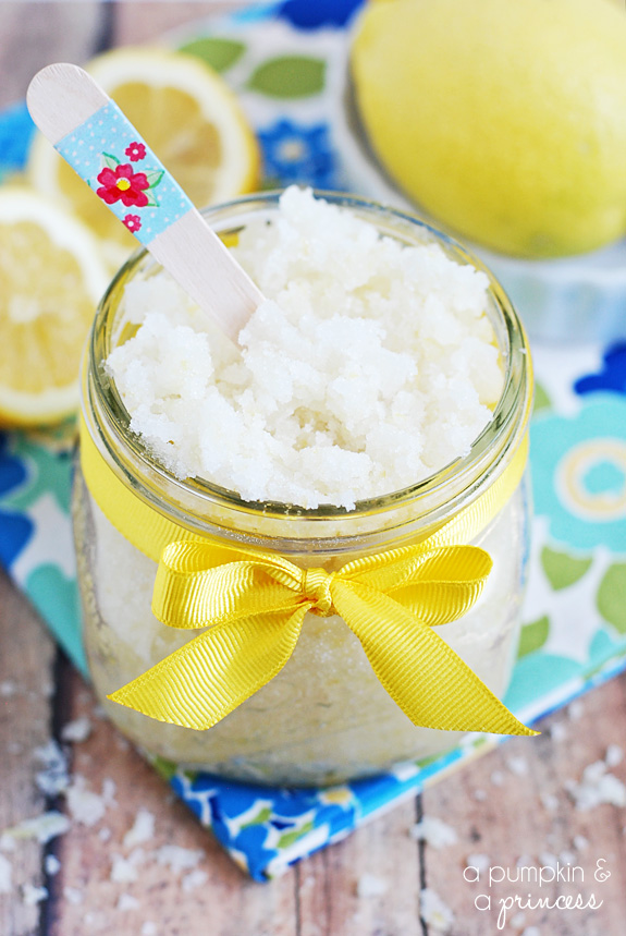Homemade-Lemon-Sugar-Scrub-Recipe