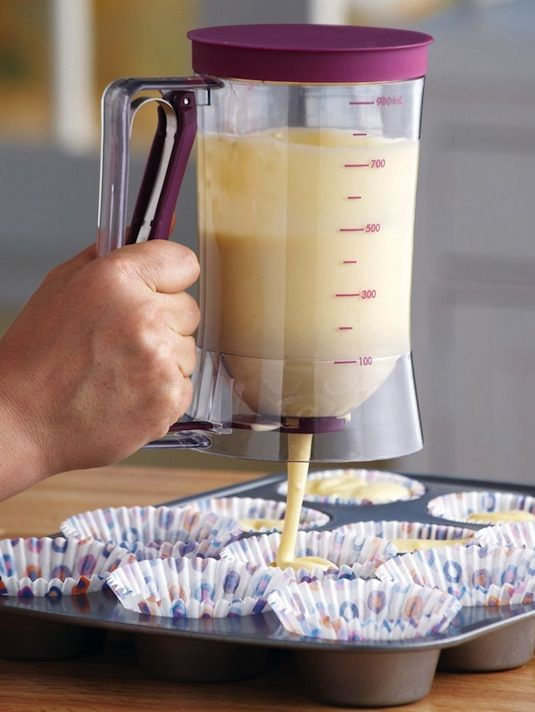 50-Useful-Kitchen-Gadgets-You-Didnt-Know-Existed-cake-batter