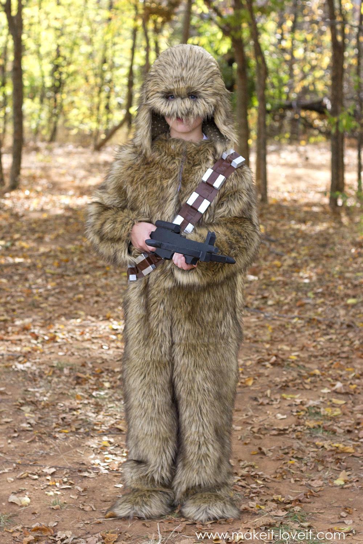 """How to make a """"CHEWBACCA"""" Star Wars Costume!   via makeit-loveit.com"""